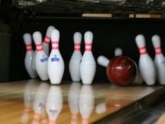 bowling-658386_640